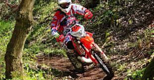 Motocross sulla via Francigena