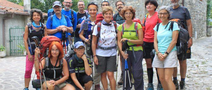 Gruppo di Pellegrini sulla tappa appenninica di Via Francigena