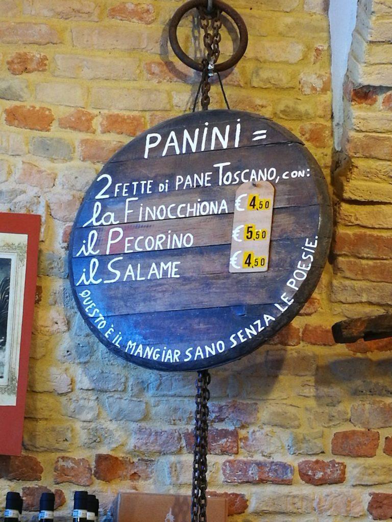 Dal Bertelli: panini con pecorino toscano o finocchiona a San gimignano sul percorso della via francigena toscana